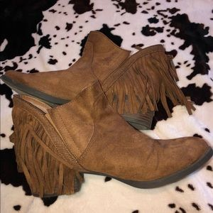 🍂Fringe ankle booties🍂